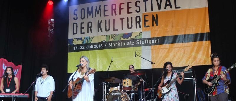 Yael Deckelbaum mit Band